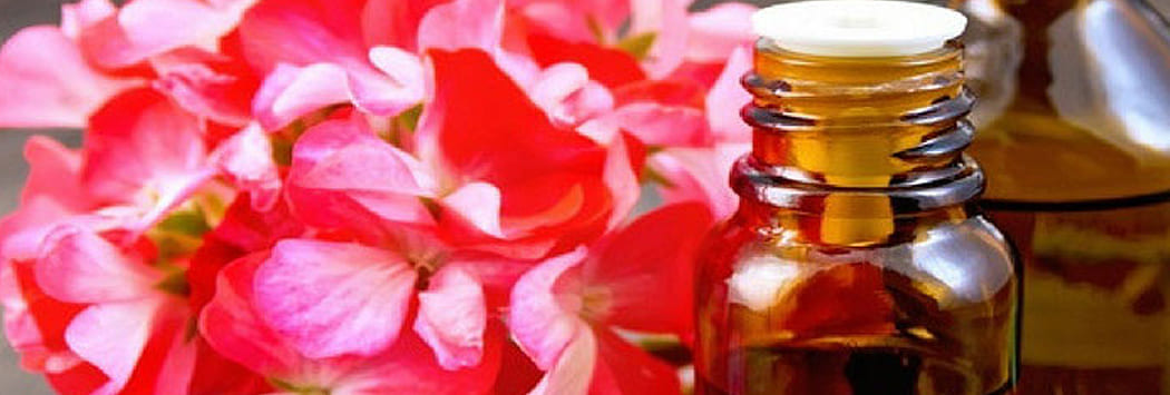 Image essential oil bottle
